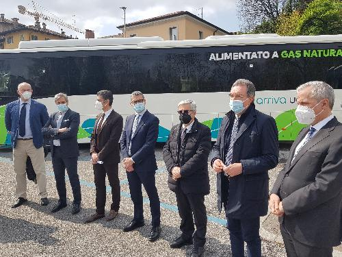 La presentazione dei nuovi mezzi in piazza Primo maggio a Udine