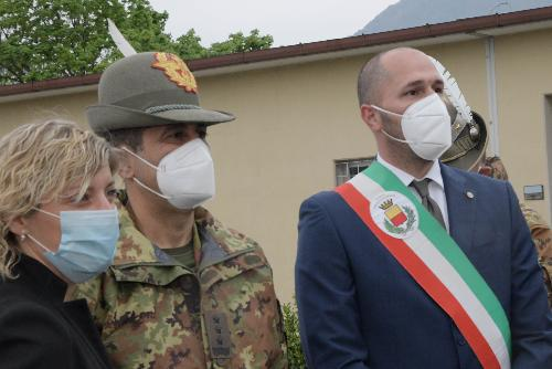 Il commissario Figliuolo con l'assessore regionale Barbara Zilli e il sindaco di Gemona Roberto Revelant
