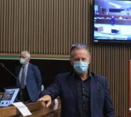 L'assessore regionale alla Difesa dell'Ambiente Fabio Scoccimarro