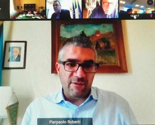 L'assessore regionale alle Autonomie locali, Pierpaolo Roberti, alla seduta online del Consiglio delle Autonomie locali.