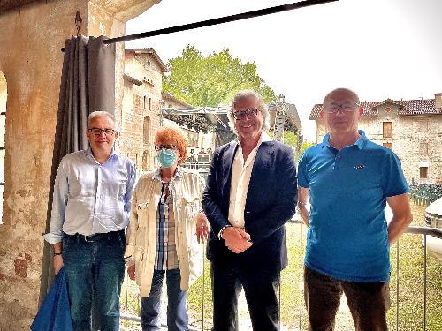 L'assessore regionale alle Attività produttive e al turismo, Sergio Emidio Bini, assieme all'assessore alla Cultura, Tiziana Gibelli e al consigliere regionale Ivo Moras a Brugnera, in visita al compendio di Villa Varda